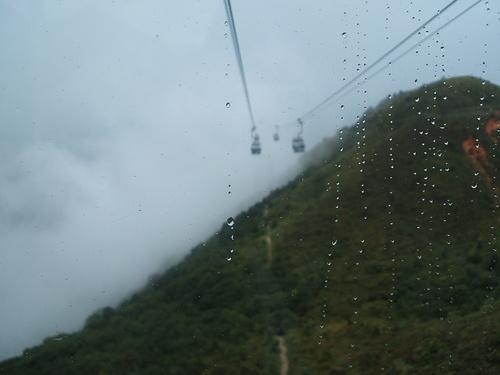 たぶん弥勒山(自信なし)。751メートル。