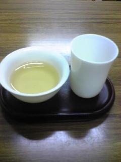 緑豆はとむぎ汁粉と竹筒青プーアル茶