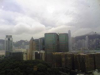 香港最終日は雨の朝。