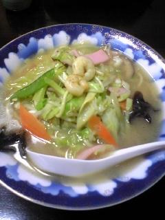 ちゃんぽんは中国語で「湯麺」でいいらしい。